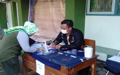 Penerimaan Rapor Siswa Kelas VII dan VIII MTsN 1 Yogyakarta