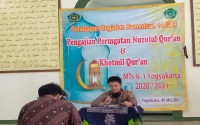 MTsN 1 Yogyakarta Tutup Kegiatan Ramadan dengan Khotmil Qur'an